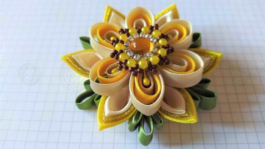 Оригинальный цветок своими руками: инструкция + мастер-класс с описанием и фотографиями