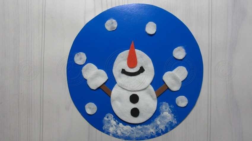 Новогодняя открытка со снеговиком своими руками: инструкция для маленьких детей