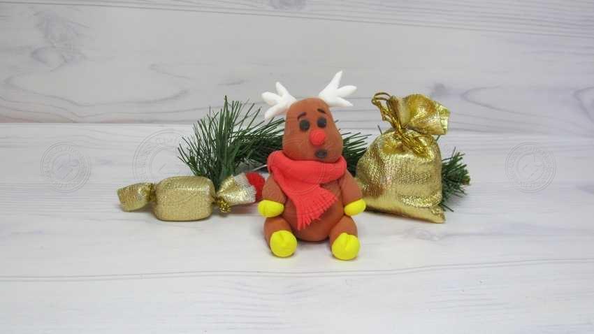 Поделка Рождественский олень из пластилина — пошаговая инструкция для детей, как слепить красивого оленя
