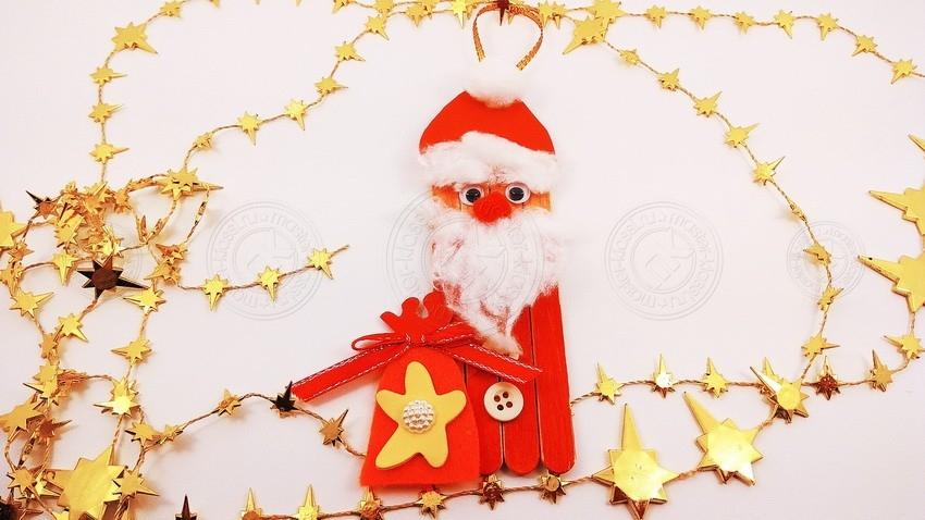 Дед Мороз из палочек от мороженого — красивая поделка на Новый Год 2021 своими руками